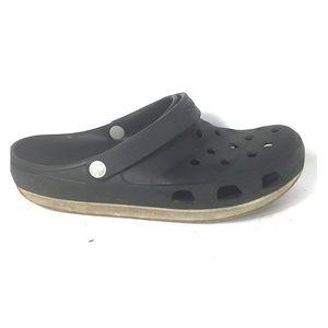 a080cfec1cadc Crocs size 10 Men 12 Women